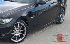 "Накладки на пороги ""MV"" тюнинг для BMW E90 - M3 Series (БМВ Е90 - 3 серии)"