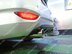 "Накладка на задний бампер (диффузор) ""MV-2 (двойной выхлоп)"" для Hyundai Solaris седан [2010-2014]"