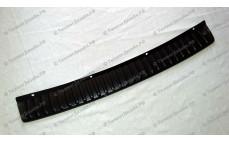 Защитная накладка на задний бампер для Лады Гранта седан (ВАЗ 2190)